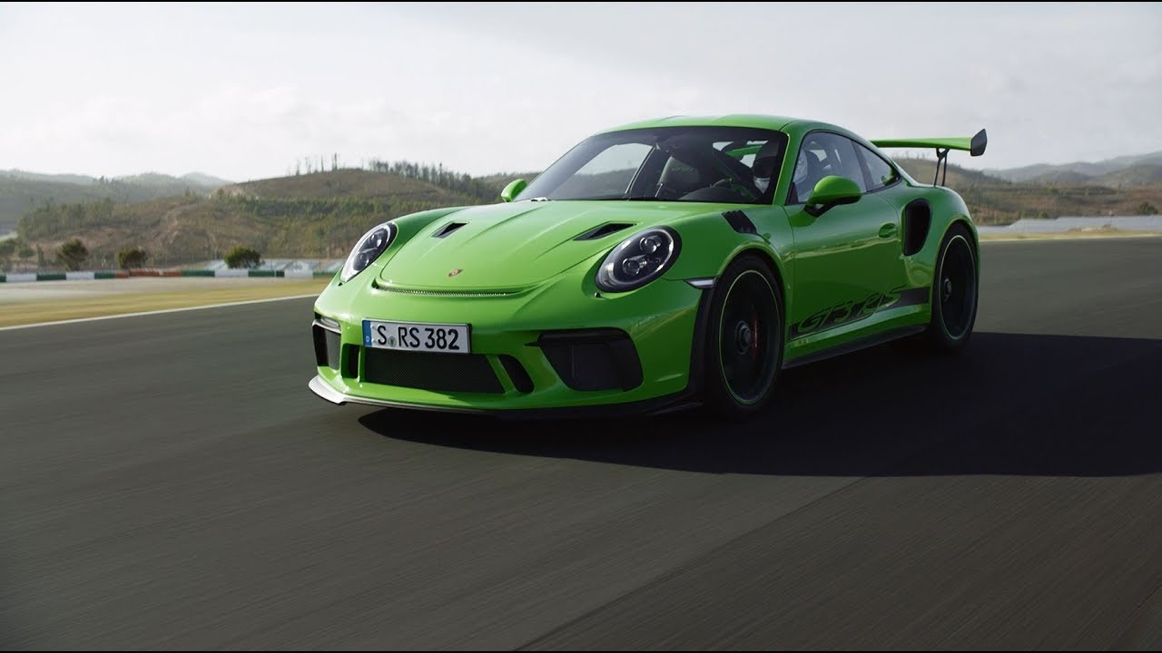 video porsche s 911 gt3 rs gets a new lease on life. Black Bedroom Furniture Sets. Home Design Ideas